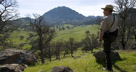 A Chance to Hike California's Hidden Buttes (Maybe) - The