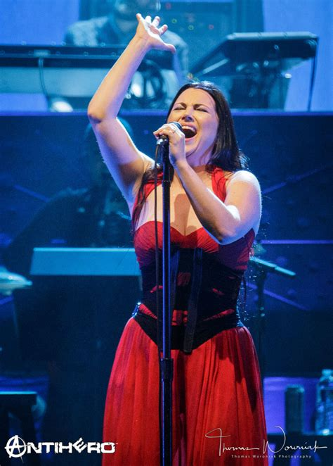 Concert Review and Photos: EVANESCENCE - Synthesis Live at