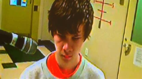 Teen behind alleged bomb plot charged; Mother's attorney