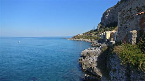 Beaches and Old Town : Cefalu Sicily   Visions of Travel