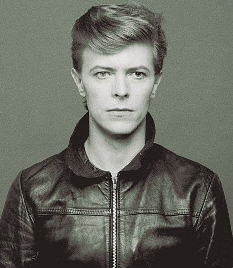KING DAVID BOWIE 1947 – 2016 FOREVER CHANGING SOUND AND
