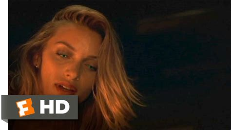 What Lies Beneath (4/8) Movie CLIP - I Think She's
